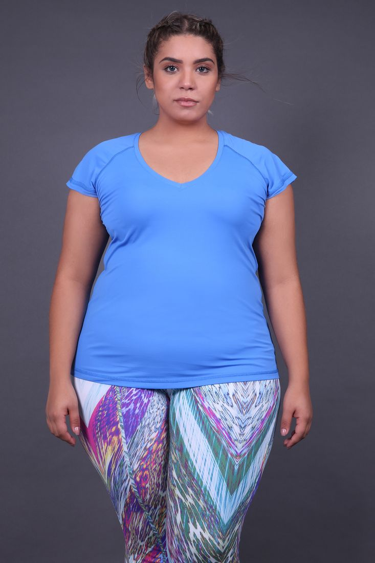 Blusa-plus-size-decote-v-fitness