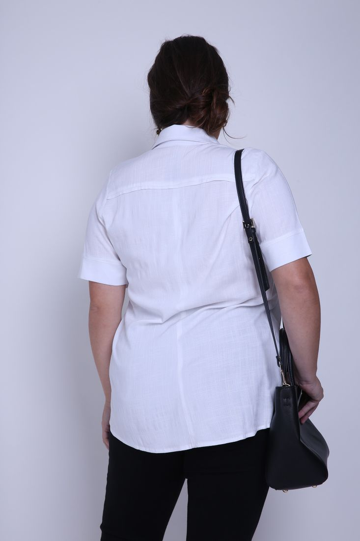 Camisa-lisa-plus-size
