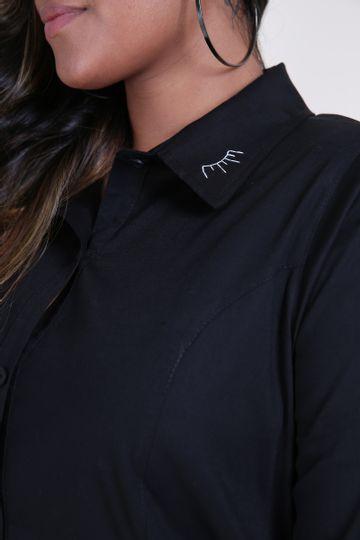 Camisa-tricoline-com-bordado-na-gola