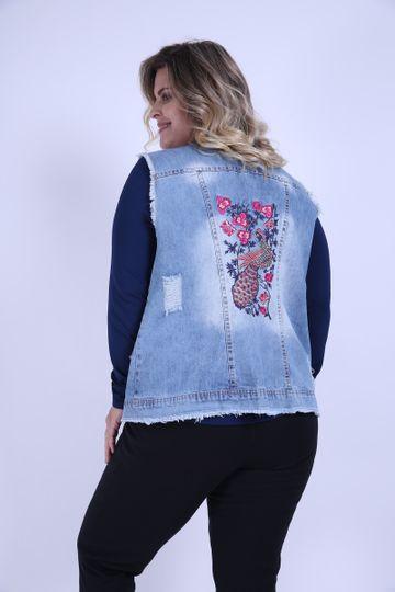 Colete-jeans-plus-size-com-bordado