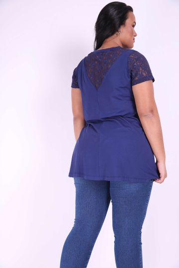 Mini-vest-com-renda-plus-size