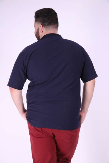 Polo-piquet-com-ziper-na-vista-plus-size