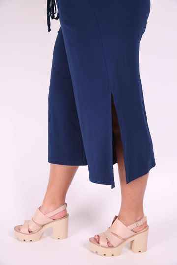 PANTACOURT-ABERTURA-NA-LATERAL-PLUS-SIZE_0004_3