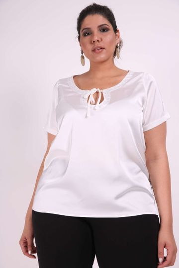 Blusa-gloss-bordado-plus