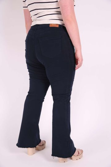 BOOT-CUT-COLOR-PLUS-SIZE_0004_3