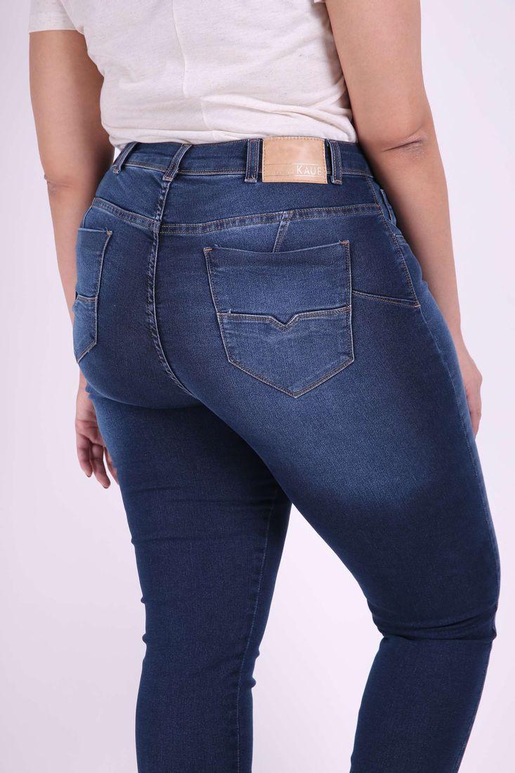 Skinny-blue-jeans--plus-size