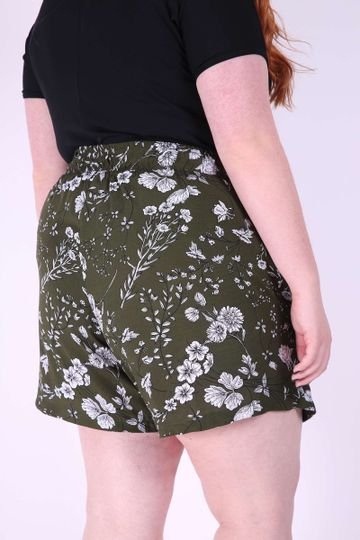 Short-s-saia-foral-plus-size
