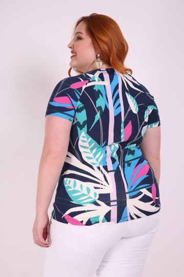 Blusa-no-estampada-plus-size