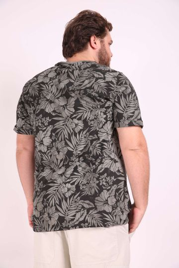 Camiseta-tropical--plus-size