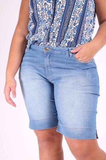 0ec695cae Bermuda jeans delavê plus size