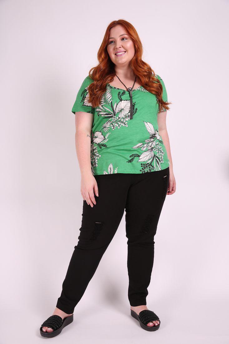 T-shirt-estampada--plus-size