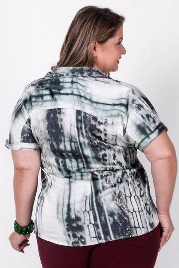 Camisa-manga-curta-bicho-plus-size