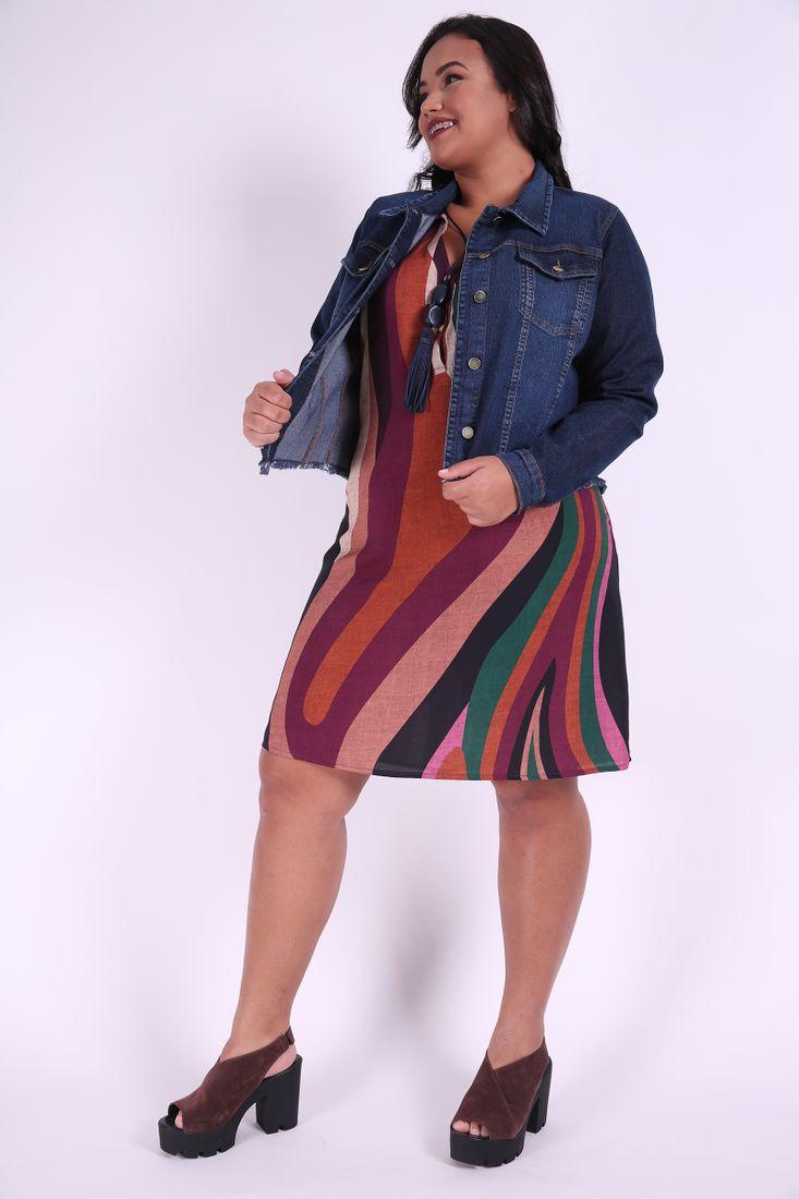 963c882902ef Jaqueta cropped jeans com barra desfiada plus size  Kauê Plus Size ...