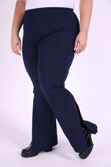 Calca-Boot-Cut-Feminina-Plus-Size_0004_1