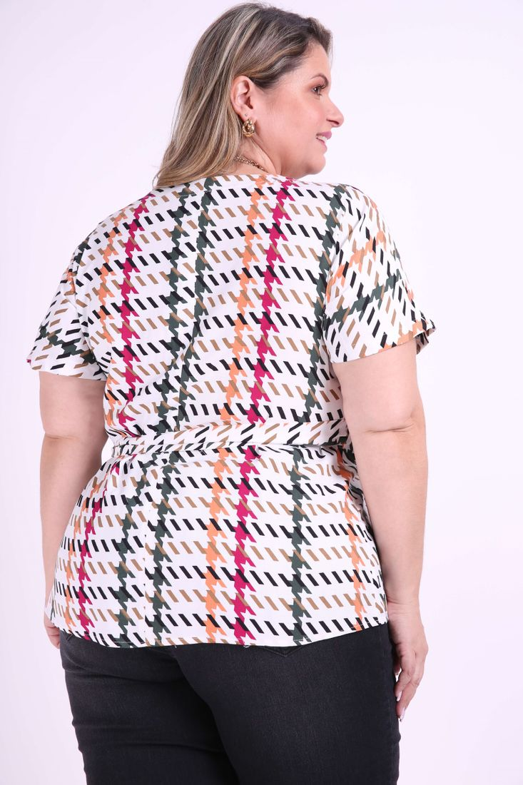 Blusa-estampa-geometrica-plus-size