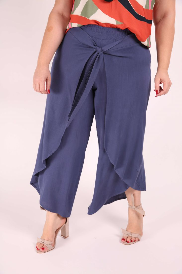 Calca-Pantacourt-Transpassada-Plus-Size_0003_1