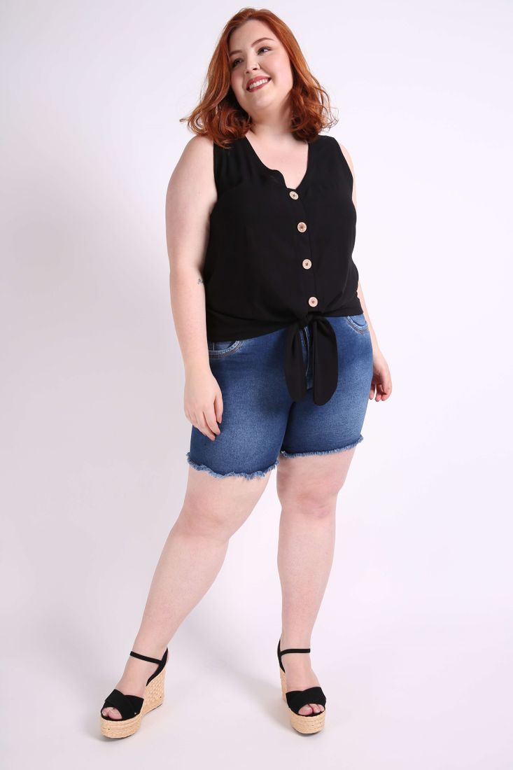 Regata-botoes-com-amarracao-plus-size