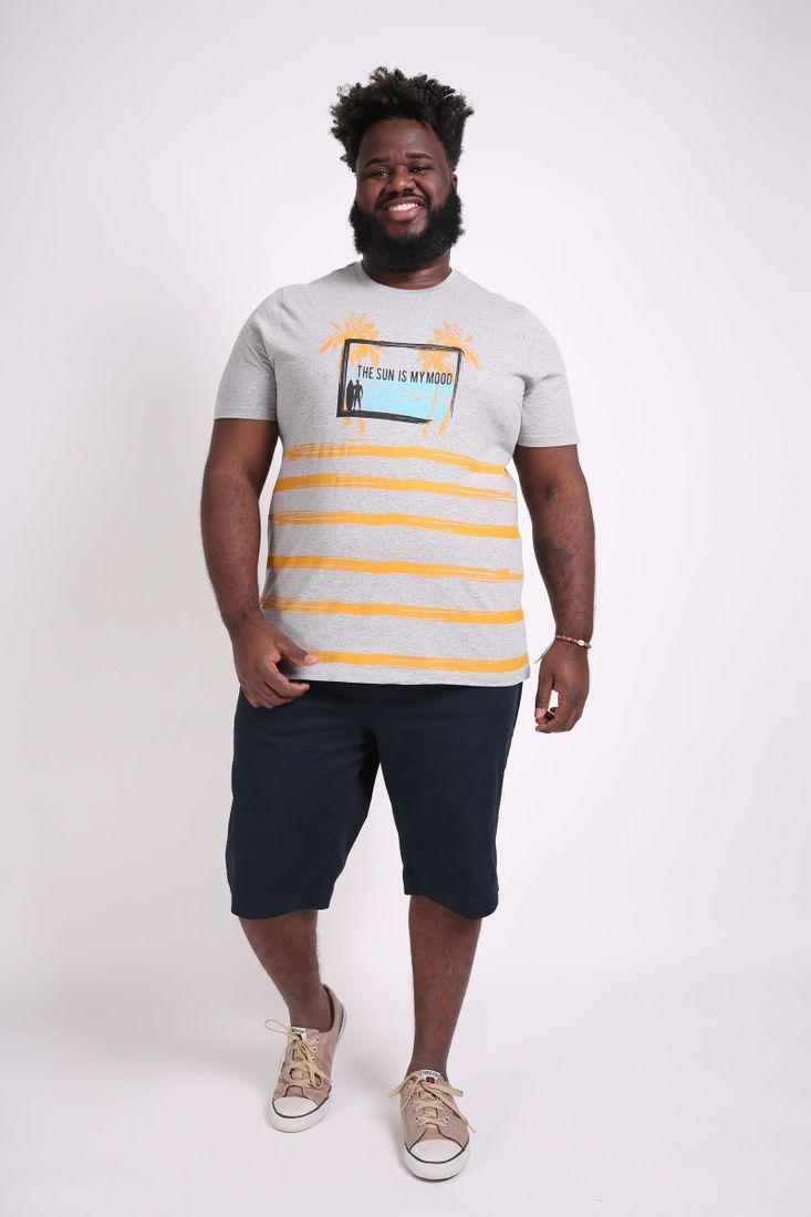Camiseta-estampa-tropical-plus-size
