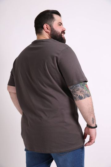 Camiseta-basica-plus-size