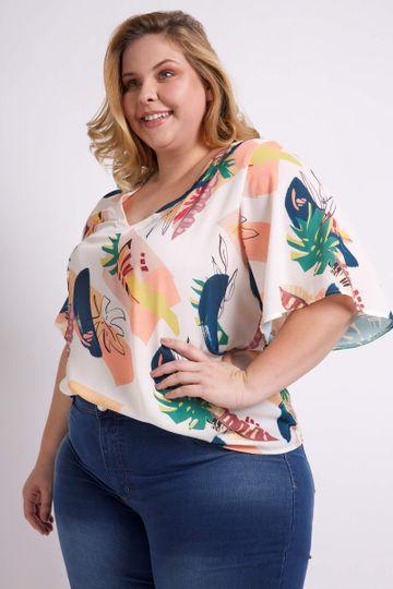 Blusa-estampada-com-detalhe-costas-plus-size