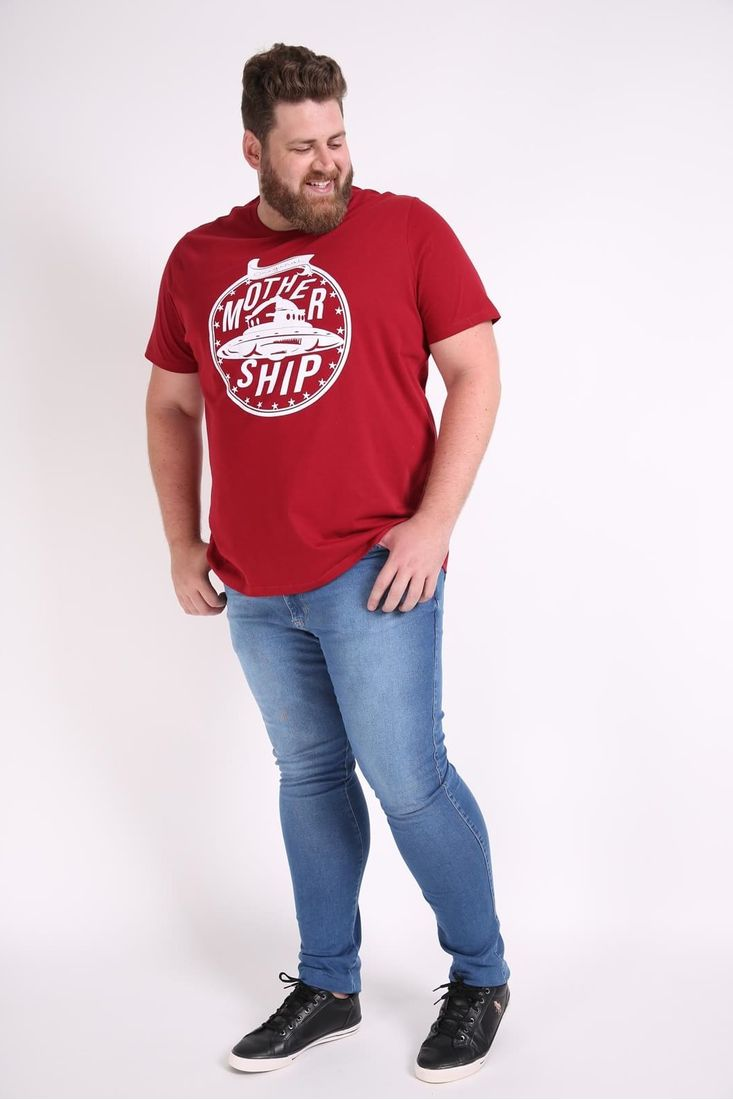 Camiseta-estampa-nave-espacial-plus-size