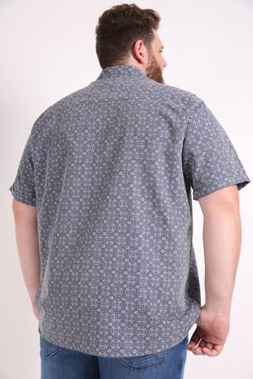 Camisa-masculina-manga-curta-estampada-plus-size
