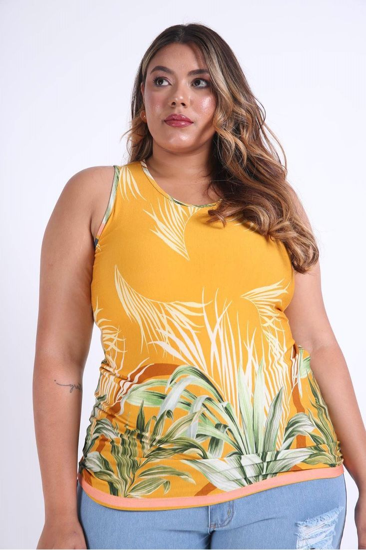 Regata-decote-nadador-plus-size