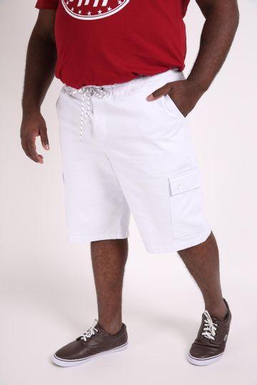 Bermuda-masculina--sarja-com-bolsos-plus-size