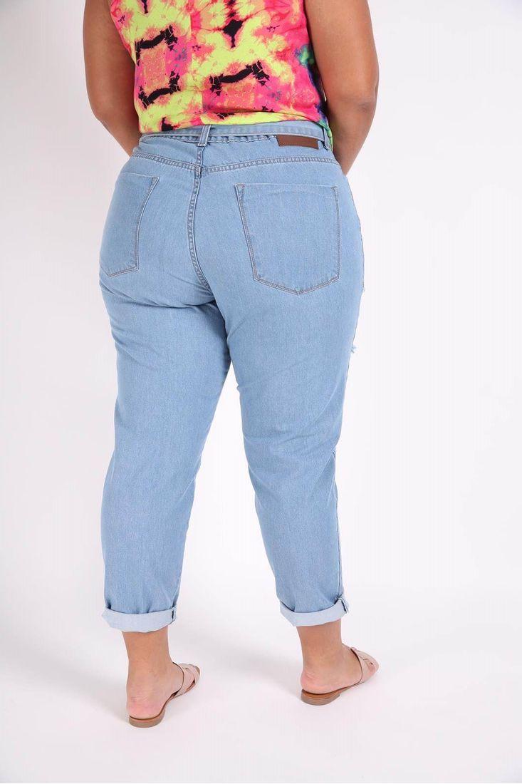 Calca-Mom-Jeans-com-Rasgos-Plus-Size_0102_3