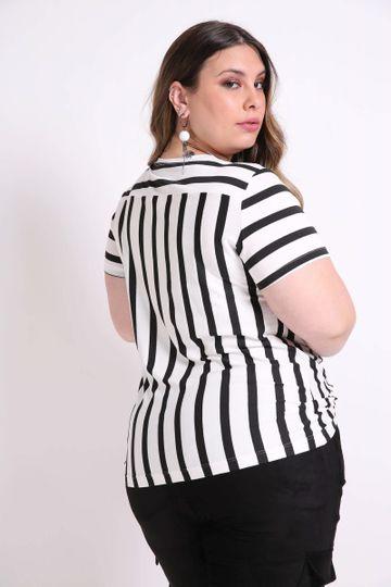 Blusa-listrada-com-recorte-plus-size