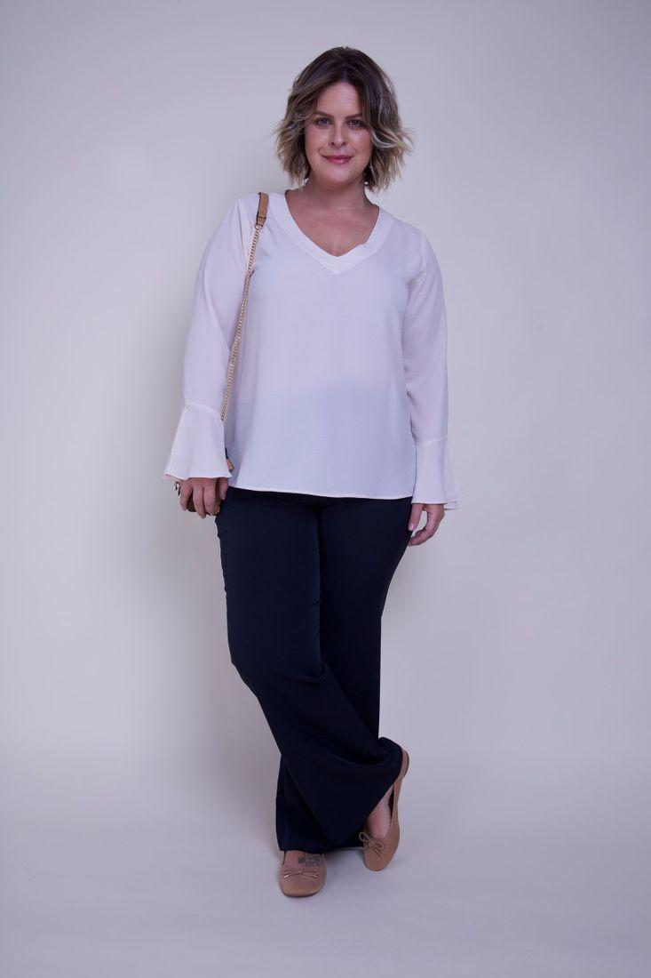 Calca-Flare-femenina-de-alfaitaria-Plus-Size_0004_2