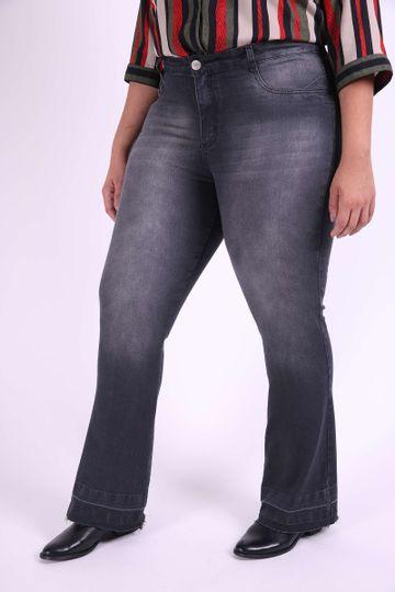 Calca-Jeans-Flare-Feminina-plus-size_0103_1