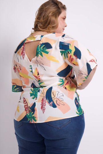 Blusa-Estampada-com-detalhe-Costas-Plus-Size_0031_3