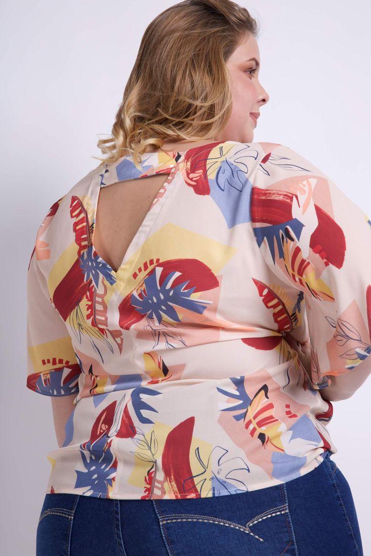 Blusa-Estampada-com-detalhe-Costas-Plus-Size_0035_3