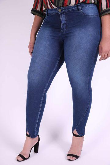 Calca-Jeans-Skinny-com-recorte-na-barra-plus-size_0102_1