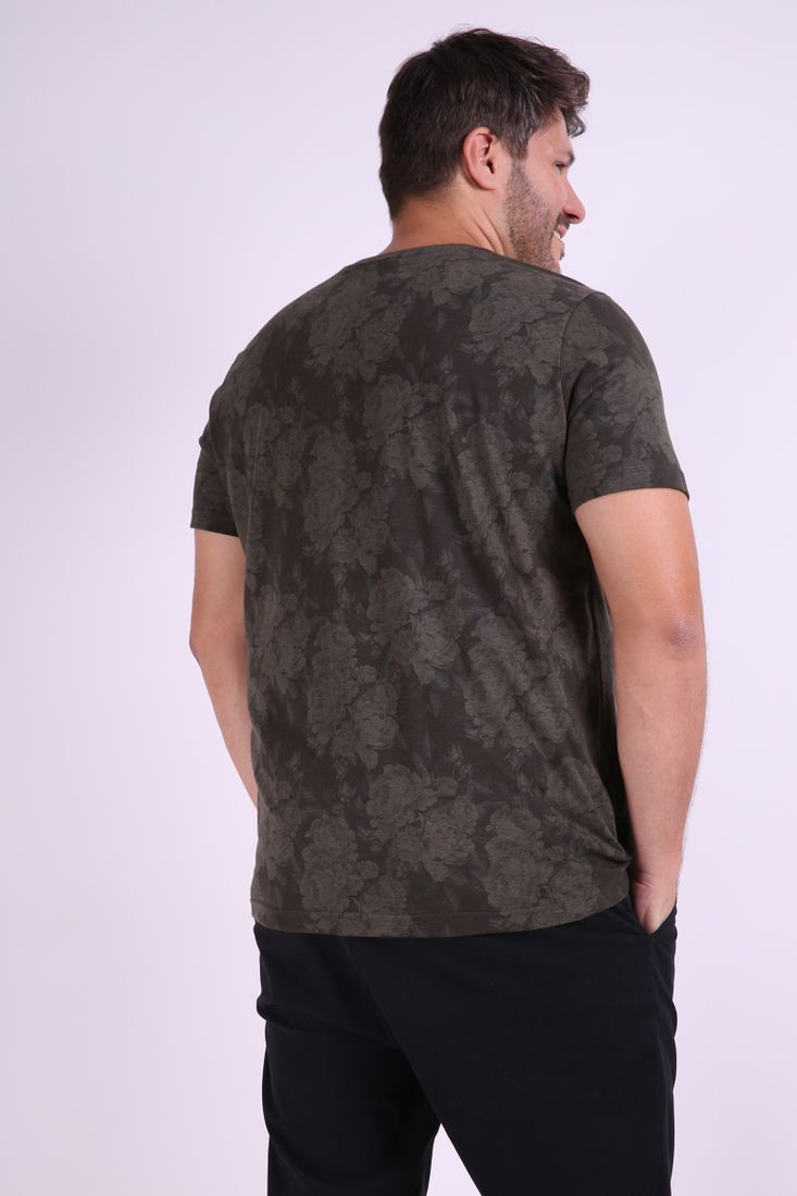 Camiseta-estampa-folhagem-plus-size_0031_3