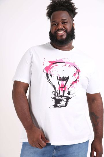 Camiseta-estampa-lampada-plus-size