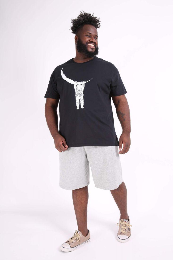 Camiseta-estampa--astronauta-plus-size
