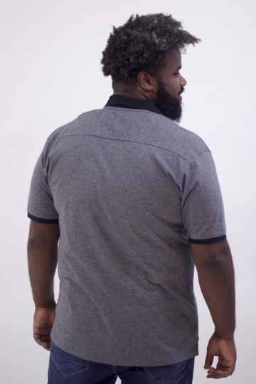Camisa-Polo-Tinturada-com-Bolso-Plus-Size_0026_3