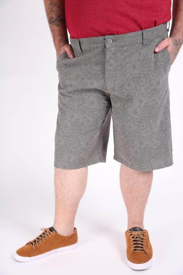 Bermuda-de-sarja-masculina-estampada-plus-size