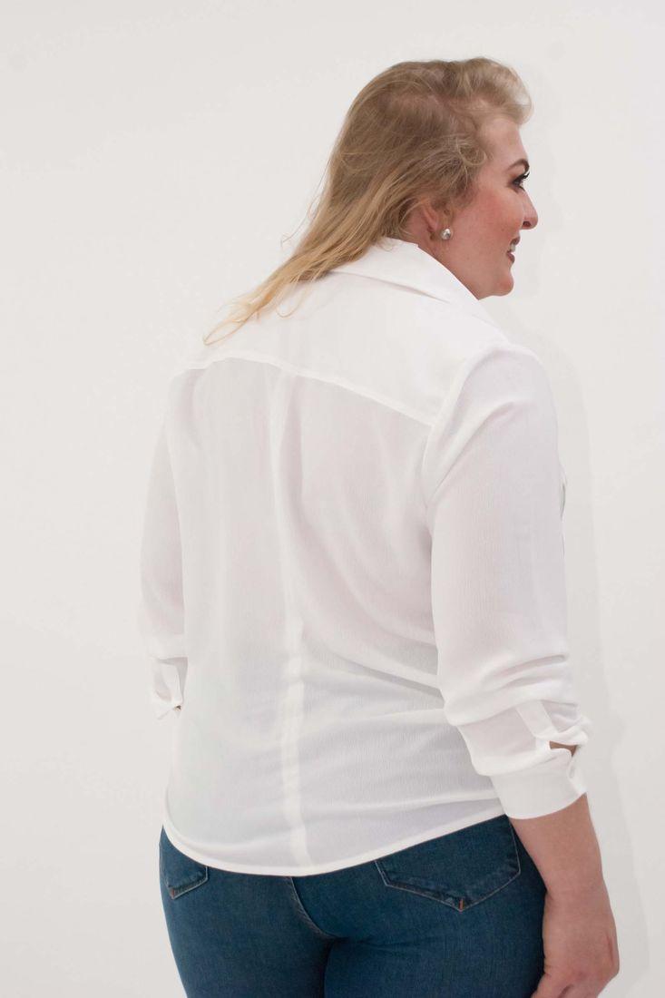 Camisa-com-fivela-no-bolso-plus-size_0009_3