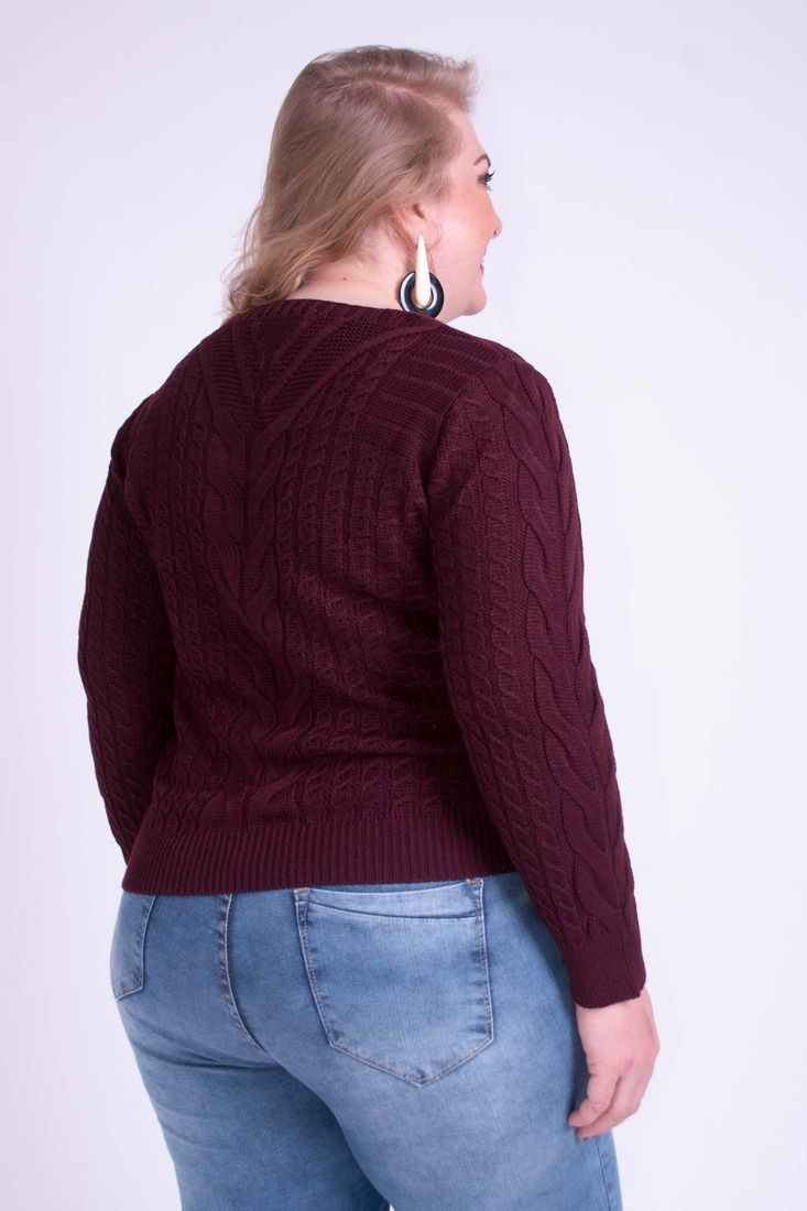 Blusa-tricot-Gola-V-Detalhe-Trancas-Plus-Size_0036_3