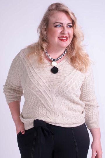 Blusa-tricot-Gola-V-Detalhe-Trancas-Plus-Size_9514_1