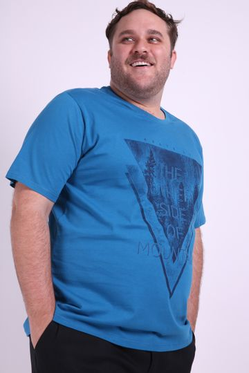 Camiseta-estampa-triangulo-masculina-Plus-Size_0003_1
