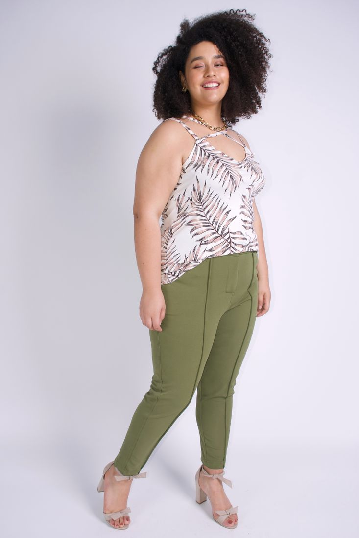 Regata-x-nas-costas-plus-size