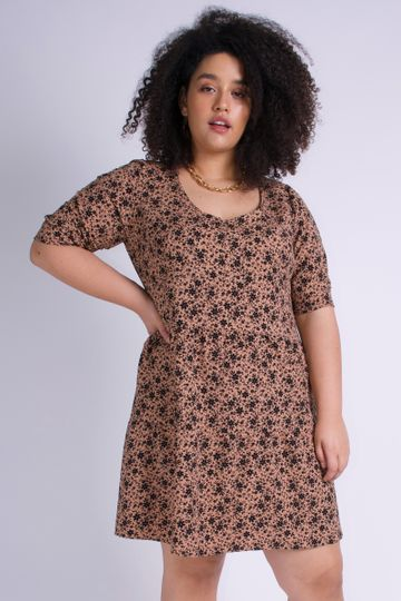 Vestido-mini-floral-plus-size