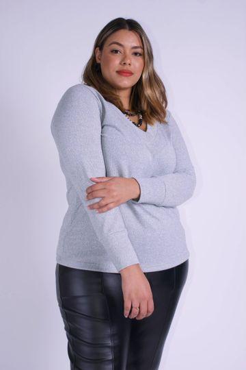 Blusa-de-malha-decote-v-plus-size