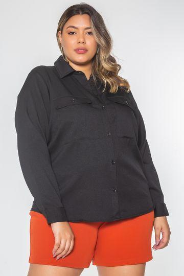 Camisa-bolsos-largos-plus-size-preto