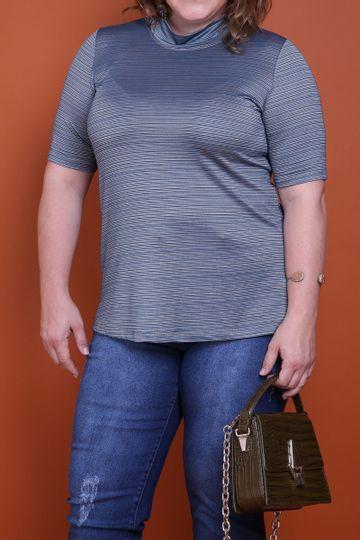 Blusa-metalizada-com-gola-alta-plus-size