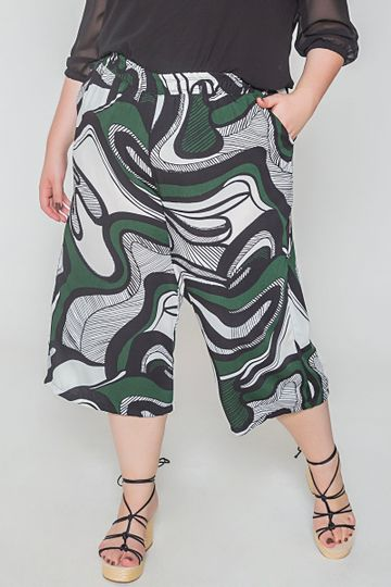 Pantacourt-estampada-plus-size_0026_1